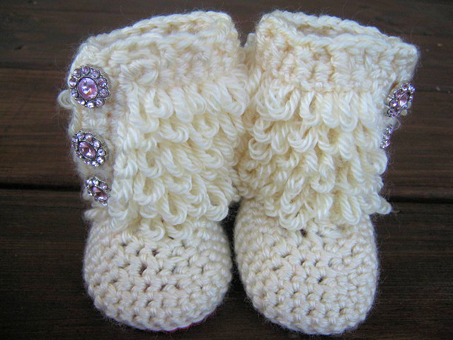 Thread Crochet Baby Booties Patterns : Crochet Baby Booties Furry Ugg Inspired Loopy Diva Boots 6 ...